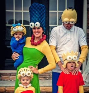 The simpons family costume 286x300 - The-simpons-family-costume